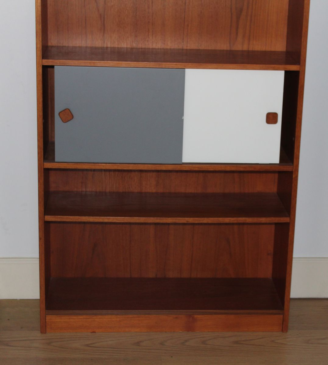 Vintage Teak Bookcase, 1950s For Sale At Pamono