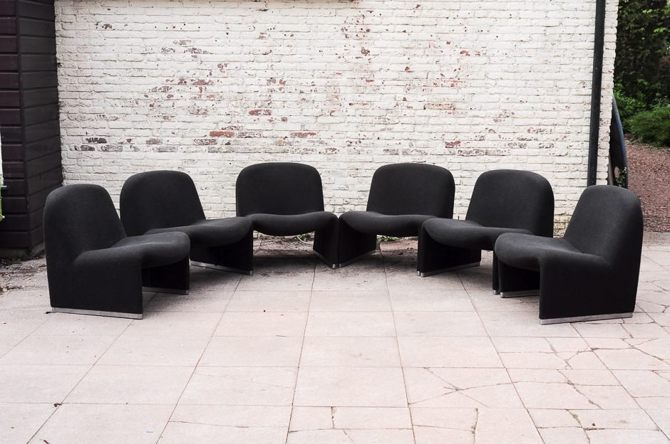 Model Alky Black Lounge Chairs by Giancarlo Piretti for Castelli, 1970...