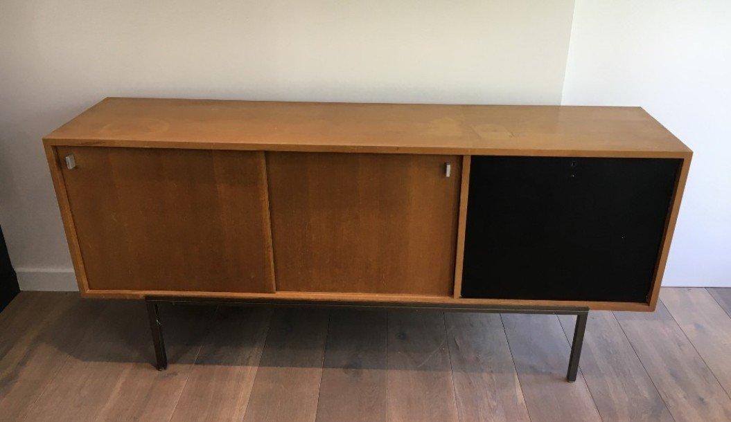 sideboard mit 2 schiebet ren bar und metallgestell 1950er bei pamono kaufen. Black Bedroom Furniture Sets. Home Design Ideas