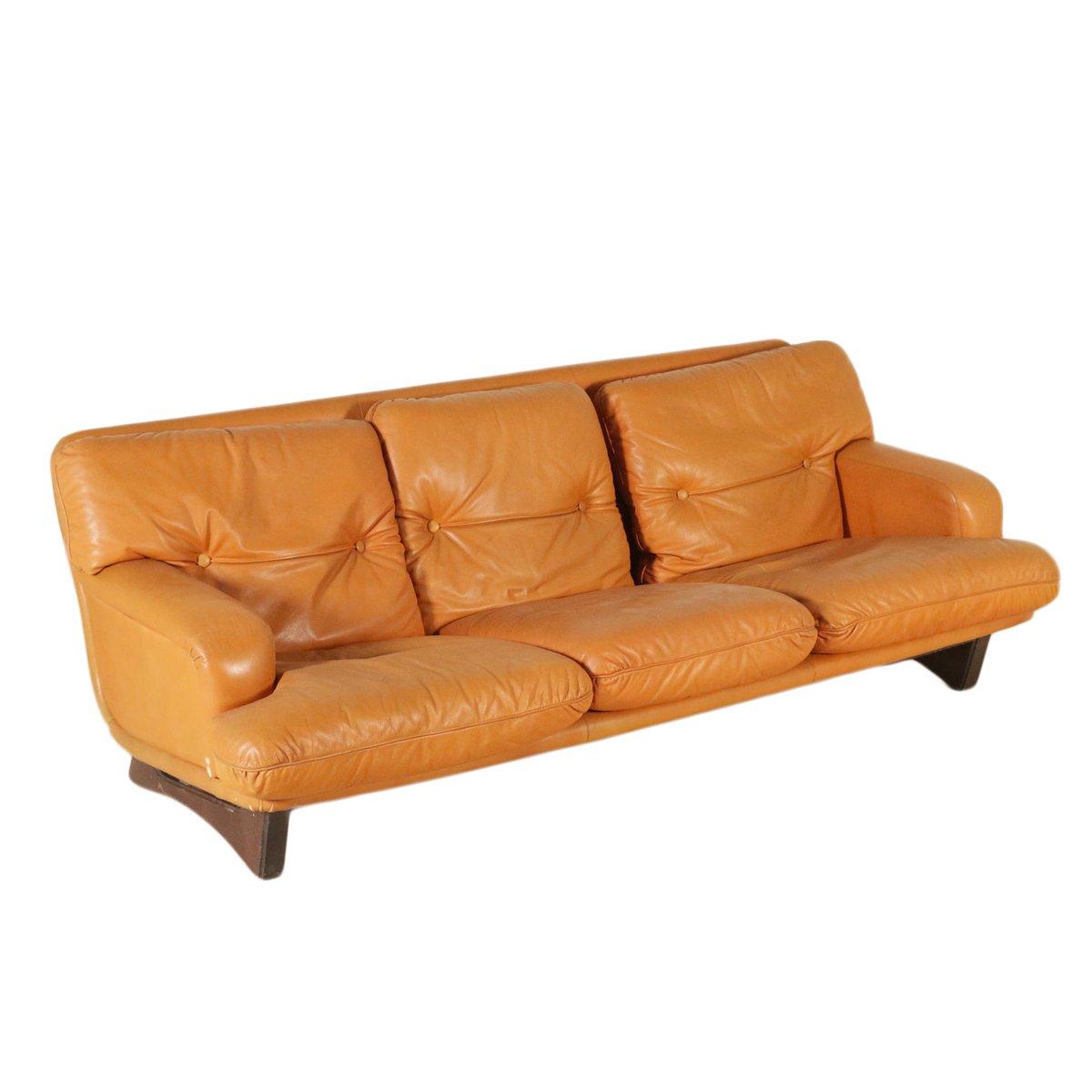 canap en cuir et rembourrage mousse 1960s en vente sur pamono. Black Bedroom Furniture Sets. Home Design Ideas