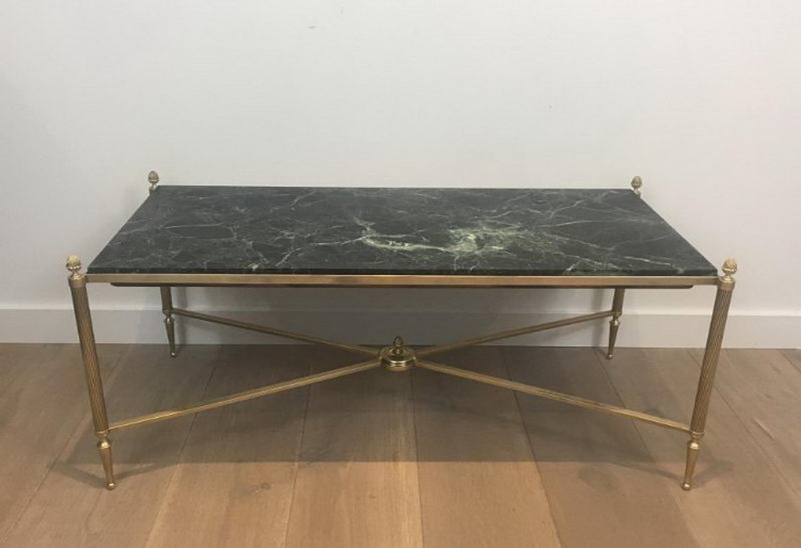 table basse en bronze et laiton avec plateau en marbre vert de maison bagu s 1940s en vente sur. Black Bedroom Furniture Sets. Home Design Ideas