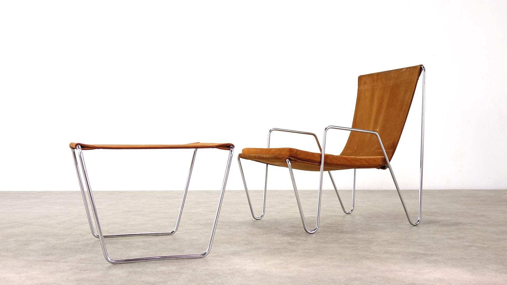 Model 3350 Bachelor Chairs With Footstools By Verner Panton For Fritz  Hansen, 1967, Set Of 2