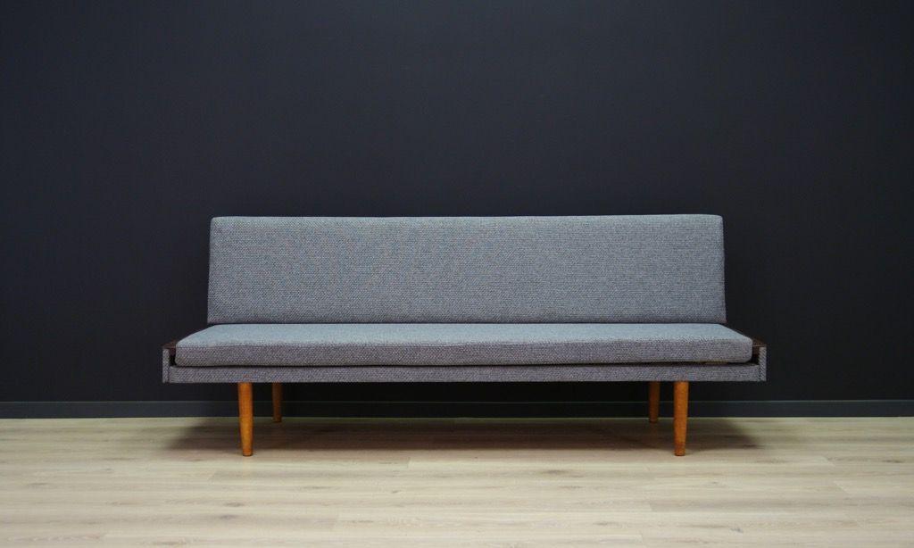 d nische vintage sofa in grau bei pamono kaufen. Black Bedroom Furniture Sets. Home Design Ideas