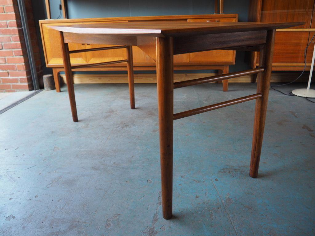 skandinavischer mid century palisander schreibtisch bei pamono kaufen. Black Bedroom Furniture Sets. Home Design Ideas