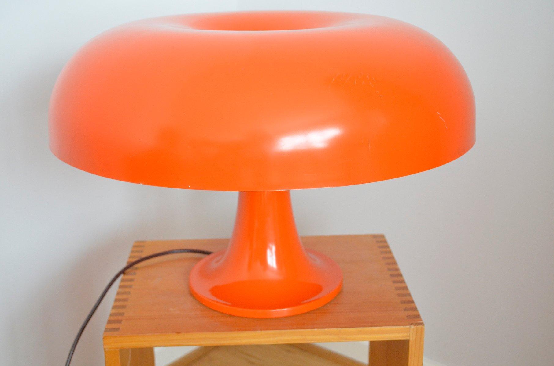 Orangefarbene Modell Nesso Tischlampe von Giancarlo Mattioli für Artem...