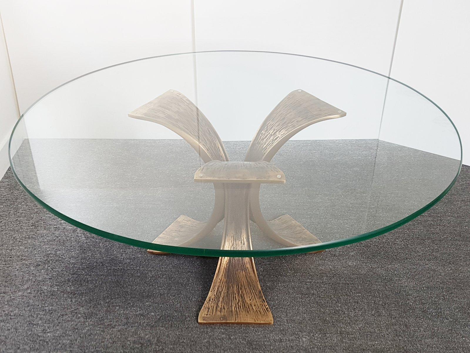 Runder vintage Bronze & Glas Couchtisch, 1970er