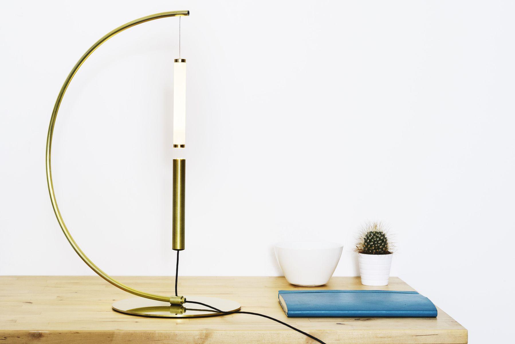 Goldfarbene Equilibrio Tischlampe von Giulia Liverani für OliveLab, 20...