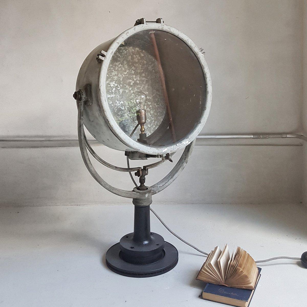 Antike industrielle Stehlampe aus Gusseisen und Glas
