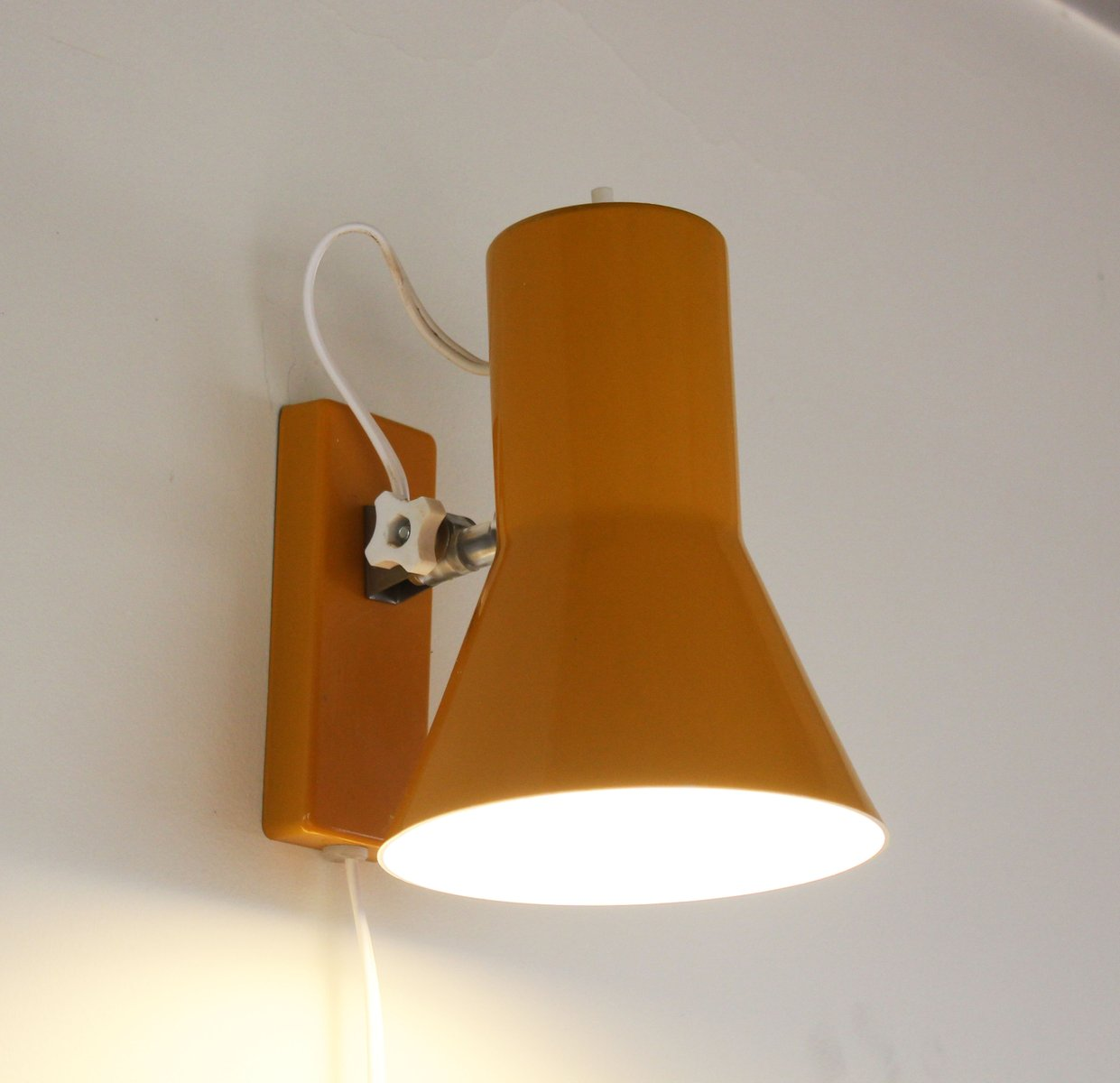 Lampe De Bureau Jaune Mid Century Danemark En Vente Sur Pamono