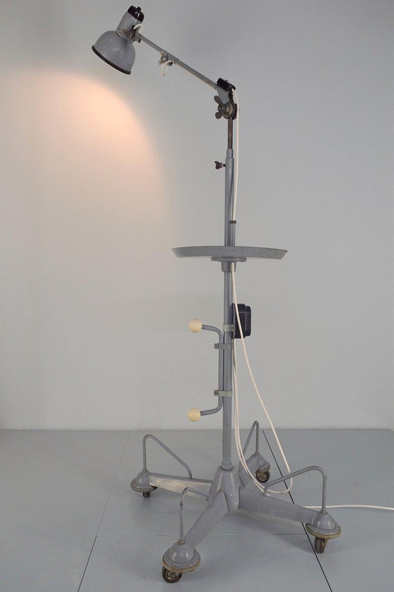Industrielle Werkstatt Stehlampe auf Rollen, 1950er