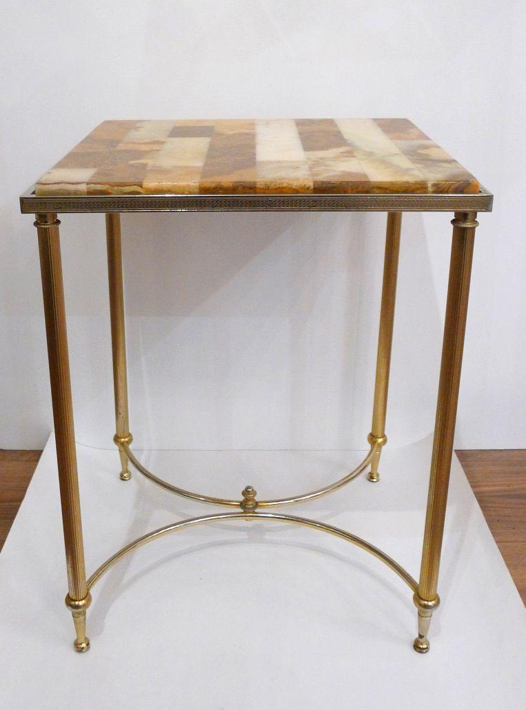 beistelltisch aus vergoldetem metall onyx platte 1970er bei pamono kaufen. Black Bedroom Furniture Sets. Home Design Ideas