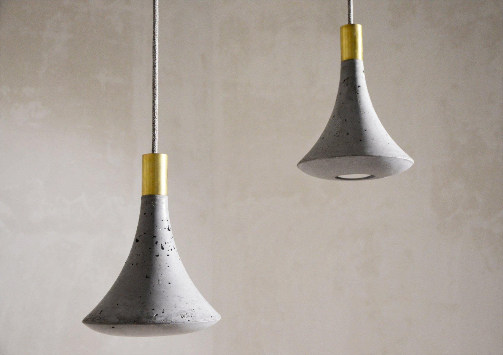 Blump Lampe aus Beton von Adam Molnar für MOHA design