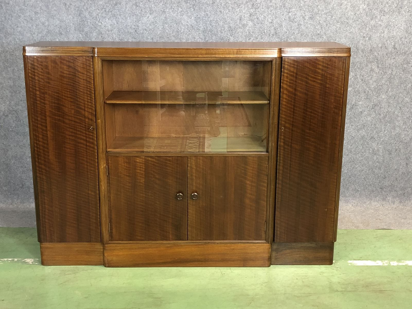 English Art Deco Buffet in Glazed Walnut for sale at Pamono