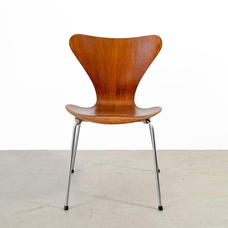vintage 3107 series 7 stuhl von arne jacobsen f r fritz hansen bei pamono kaufen. Black Bedroom Furniture Sets. Home Design Ideas