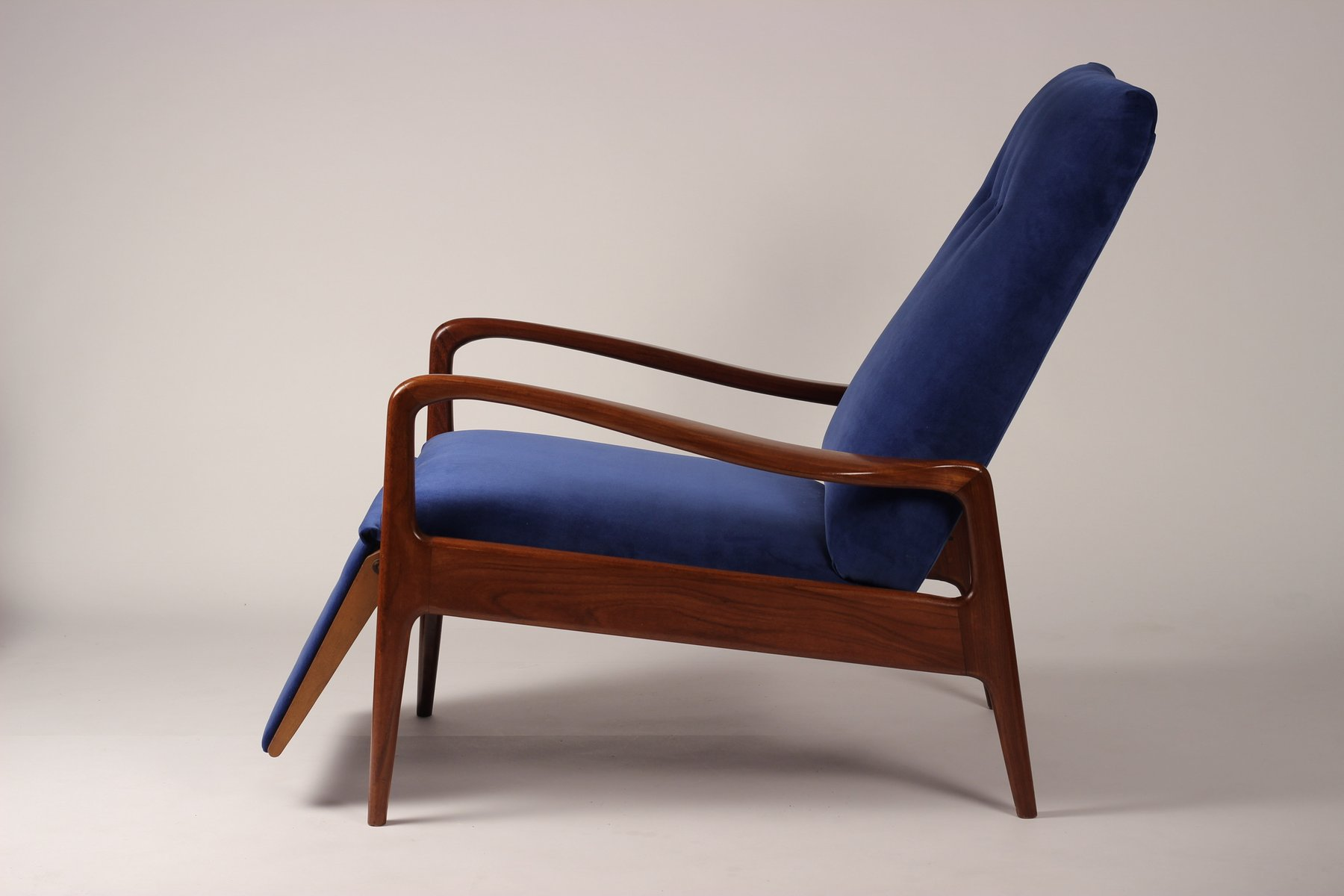 Mid Century Modern Lounge Chair From Greaves Amp Thomas