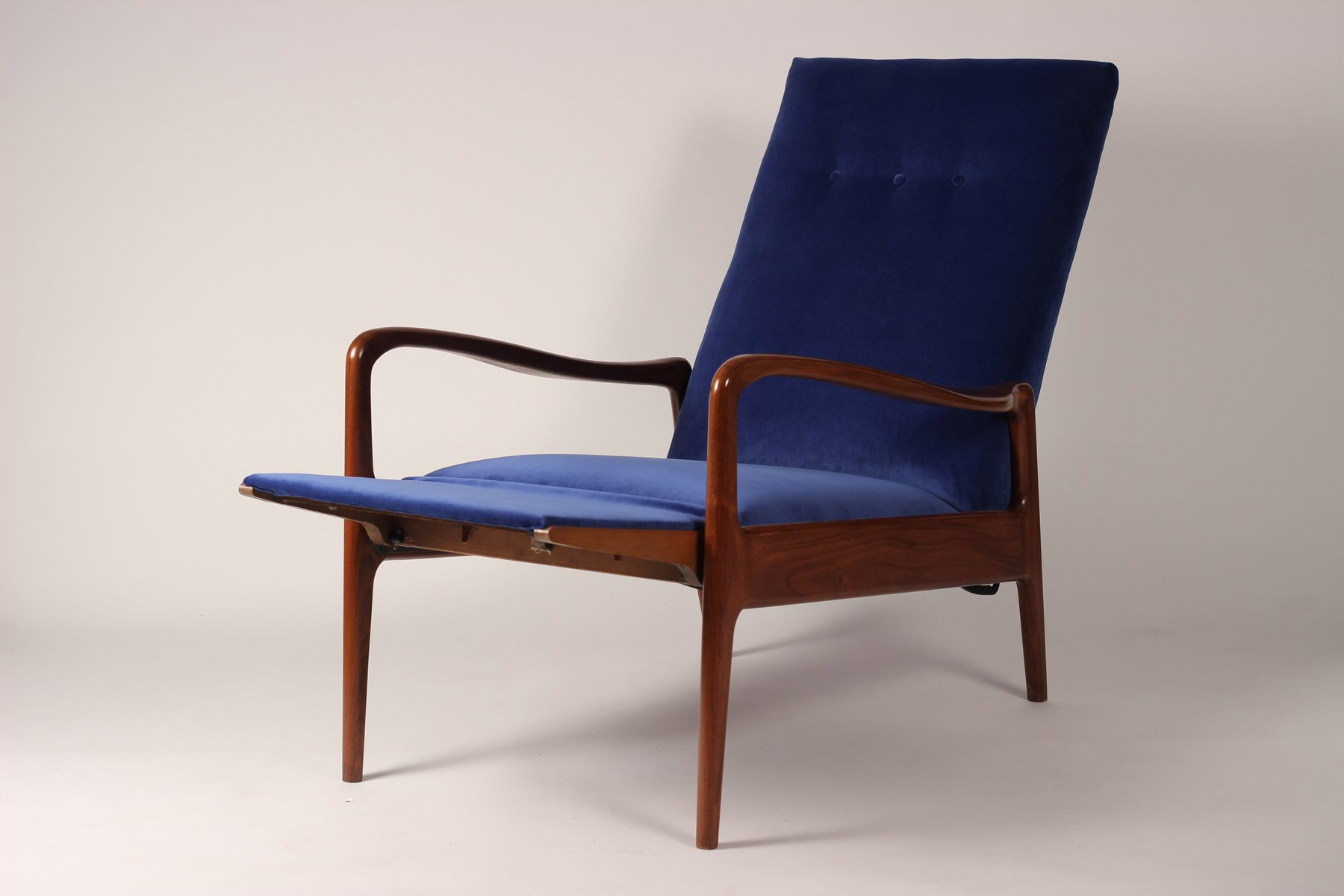 Mid Century Modern Lounge Chair From Greaves Thomas 1960s For