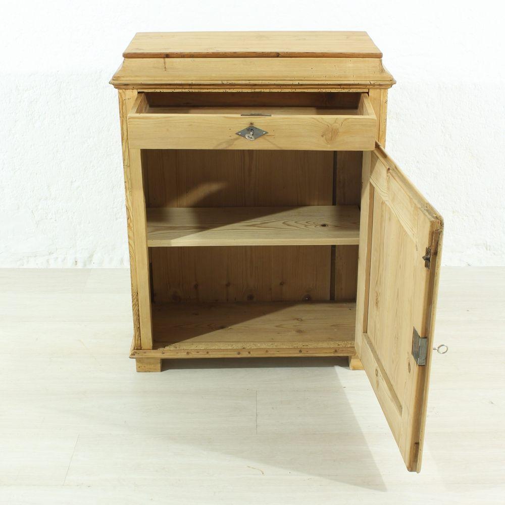 petite table de chevet antique 1890s en vente sur pamono. Black Bedroom Furniture Sets. Home Design Ideas