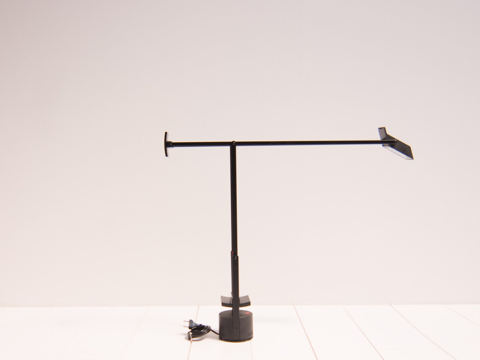 Mid Century Tizio Table Lamp By Richard Sapper For Artemide For Sale