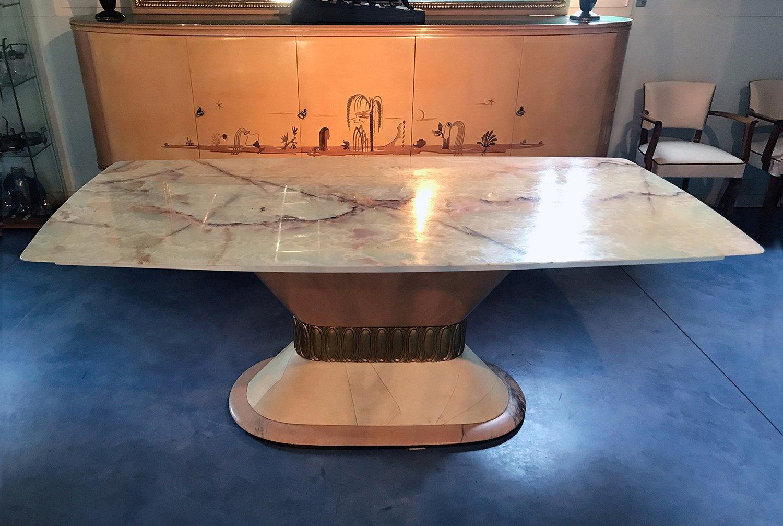 Italienischer Art Deco Marmor Esstisch von Galleria Mobili d´Arte Cant...