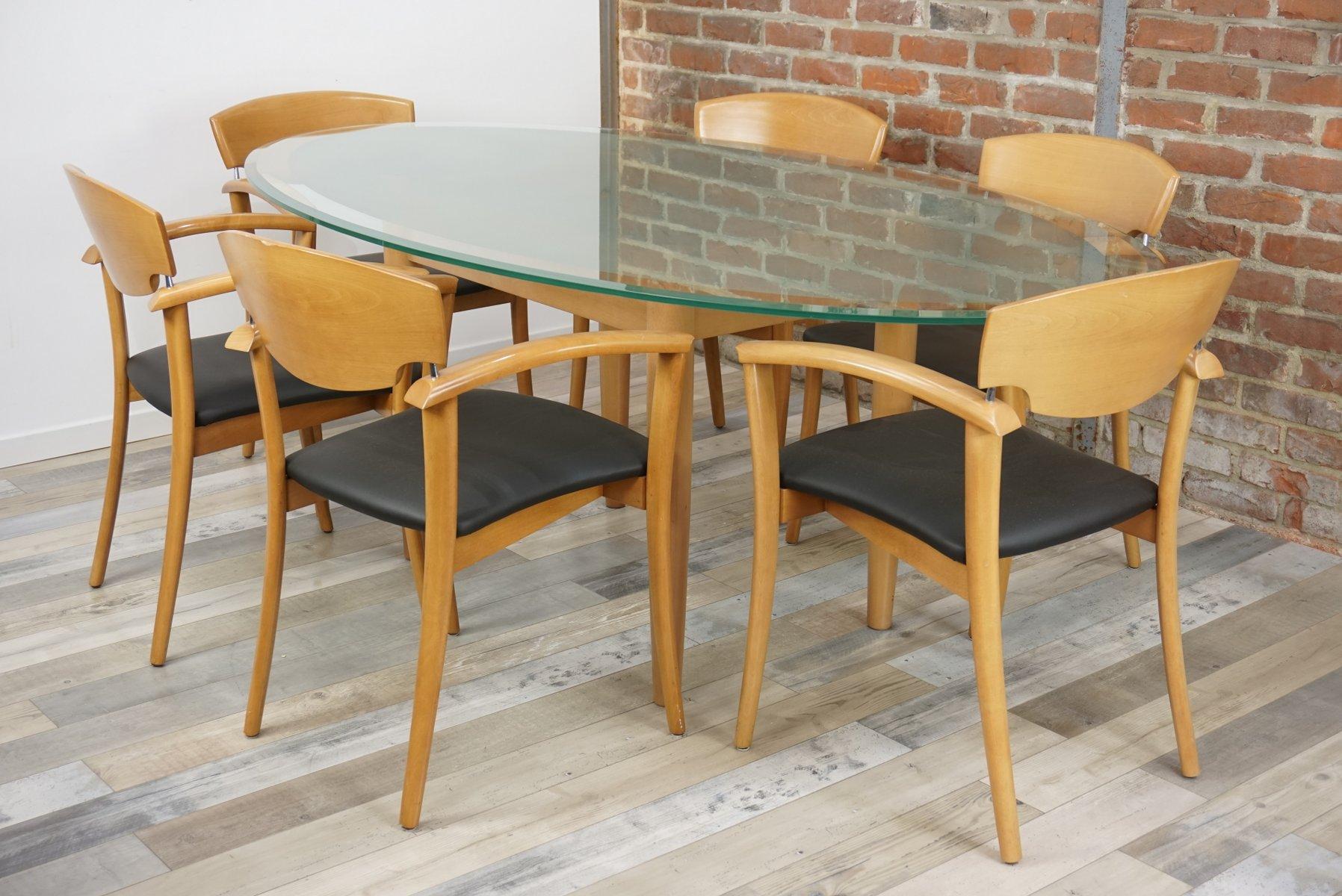 ovaler tisch mit 6 armlehnst hlen 1980er bei pamono kaufen. Black Bedroom Furniture Sets. Home Design Ideas