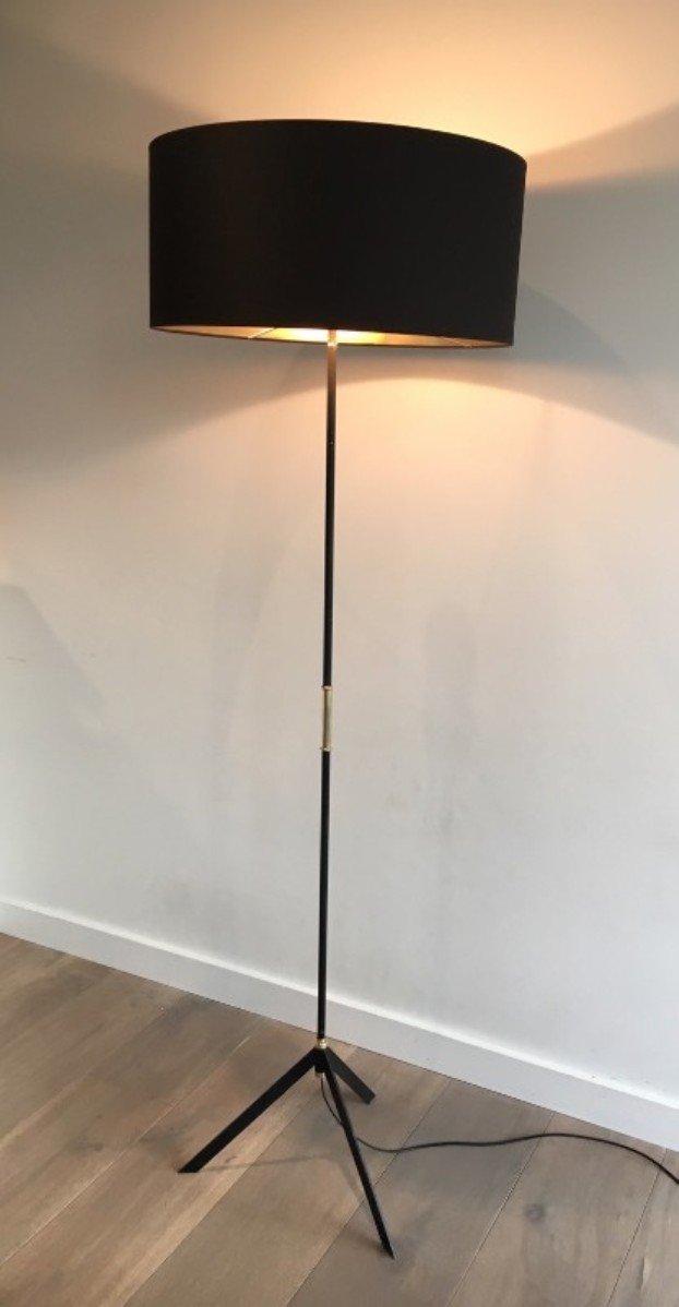 Modernistische schwarz lackierte Messing Stehlampe, 1960er