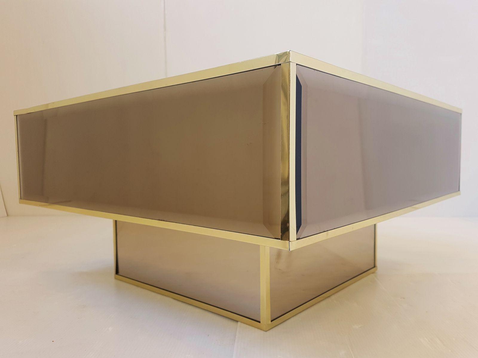 table basse miroir en verre de roche bobois france 1970s en vente sur pamono. Black Bedroom Furniture Sets. Home Design Ideas