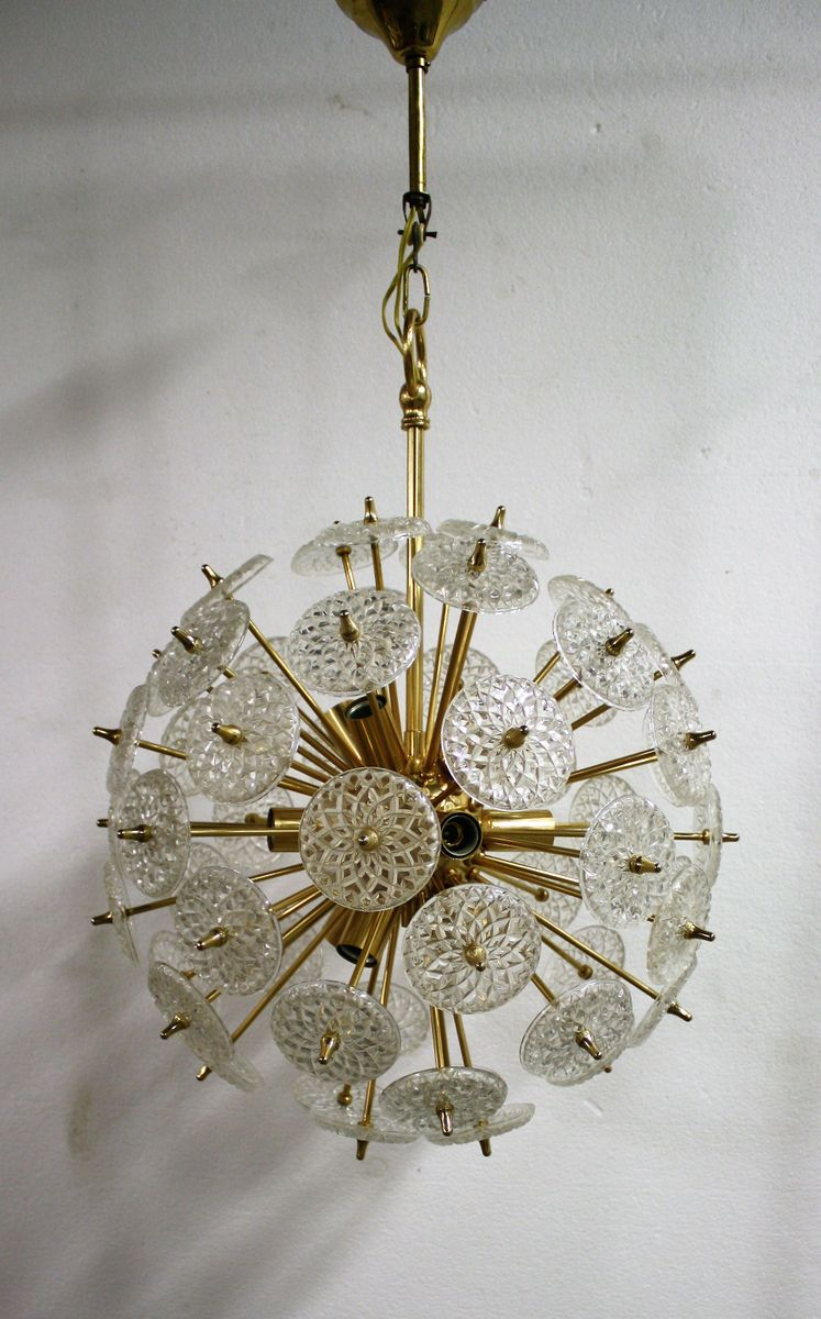 Messing & Kristallglas Sputnik Kronleuchter von Val Saint Lambert, 195...