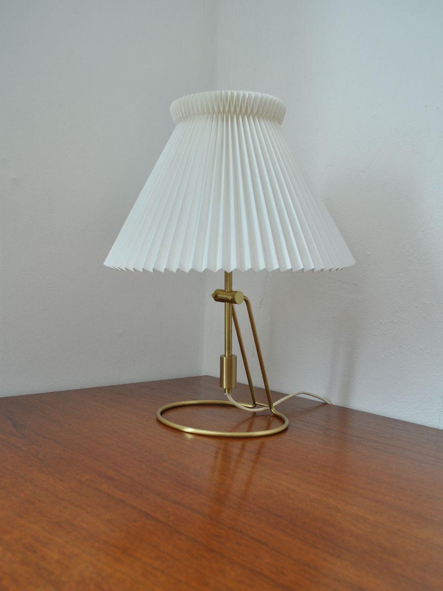 Modell 305 Tisch- oder Wandlampe von Christian Hvidt für Le Klint, 197...