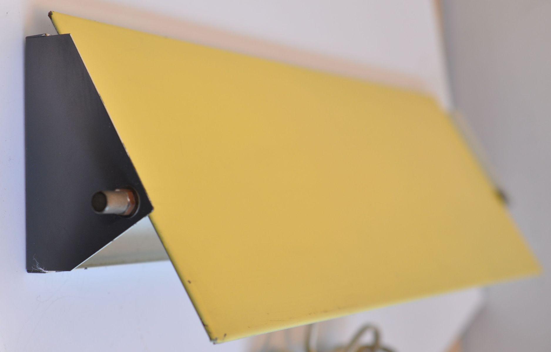 Gelbe Wandlampe von J.J.M. Hoogervorst für Anvia, 1950er