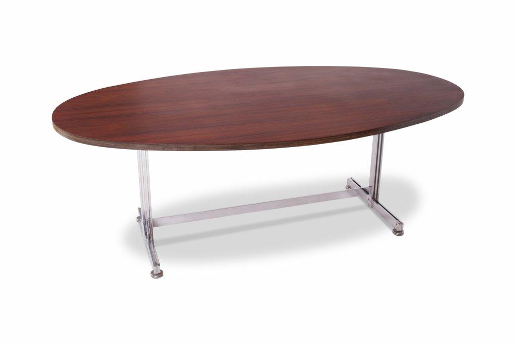 Ovaler Ess- oder Konferenztisch von Jules Wabbes für Mobilier Universe...   Büro > Bürotische > Konferenztische   Silber