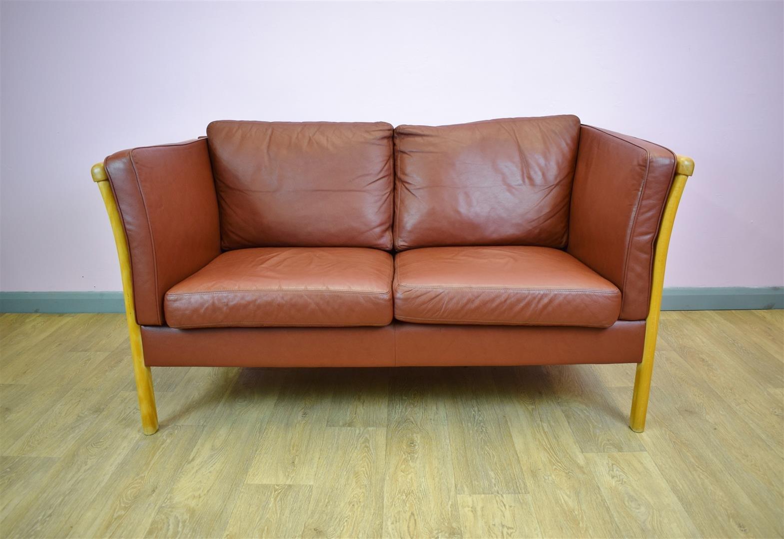 hellbraunes 2 sitzer leder sofa von stouvon 1980er bei. Black Bedroom Furniture Sets. Home Design Ideas
