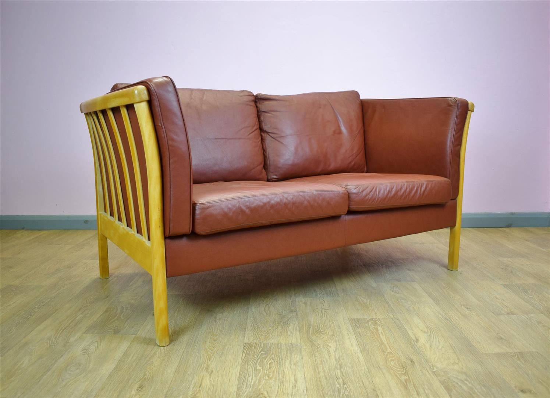 hellbraunes 2 sitzer leder sofa von stouvon 1980er bei pamono kaufen. Black Bedroom Furniture Sets. Home Design Ideas