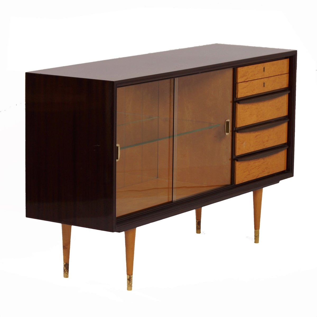 mahagoni sideboard mit vitrine messing beschl gen 1960er bei pamono kaufen. Black Bedroom Furniture Sets. Home Design Ideas