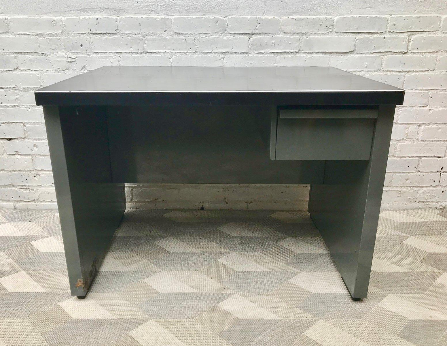 bureau vintage industriel en métal avec tiroir, 1970s en vente sur