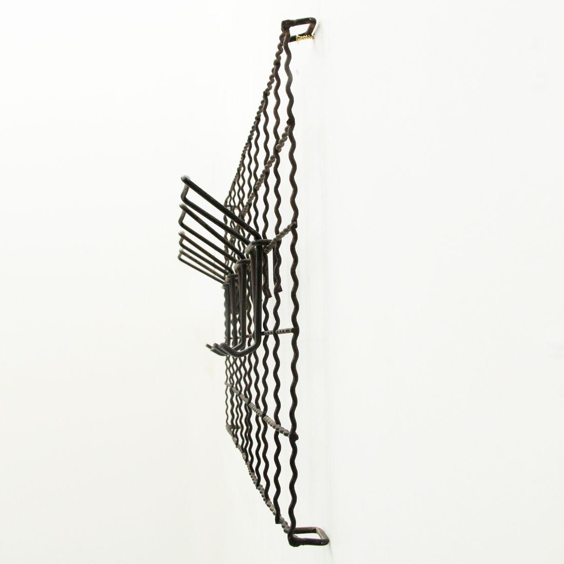 Italienische wand garderobe aus schwarzem metall 1950er for Garderobe italienisches design