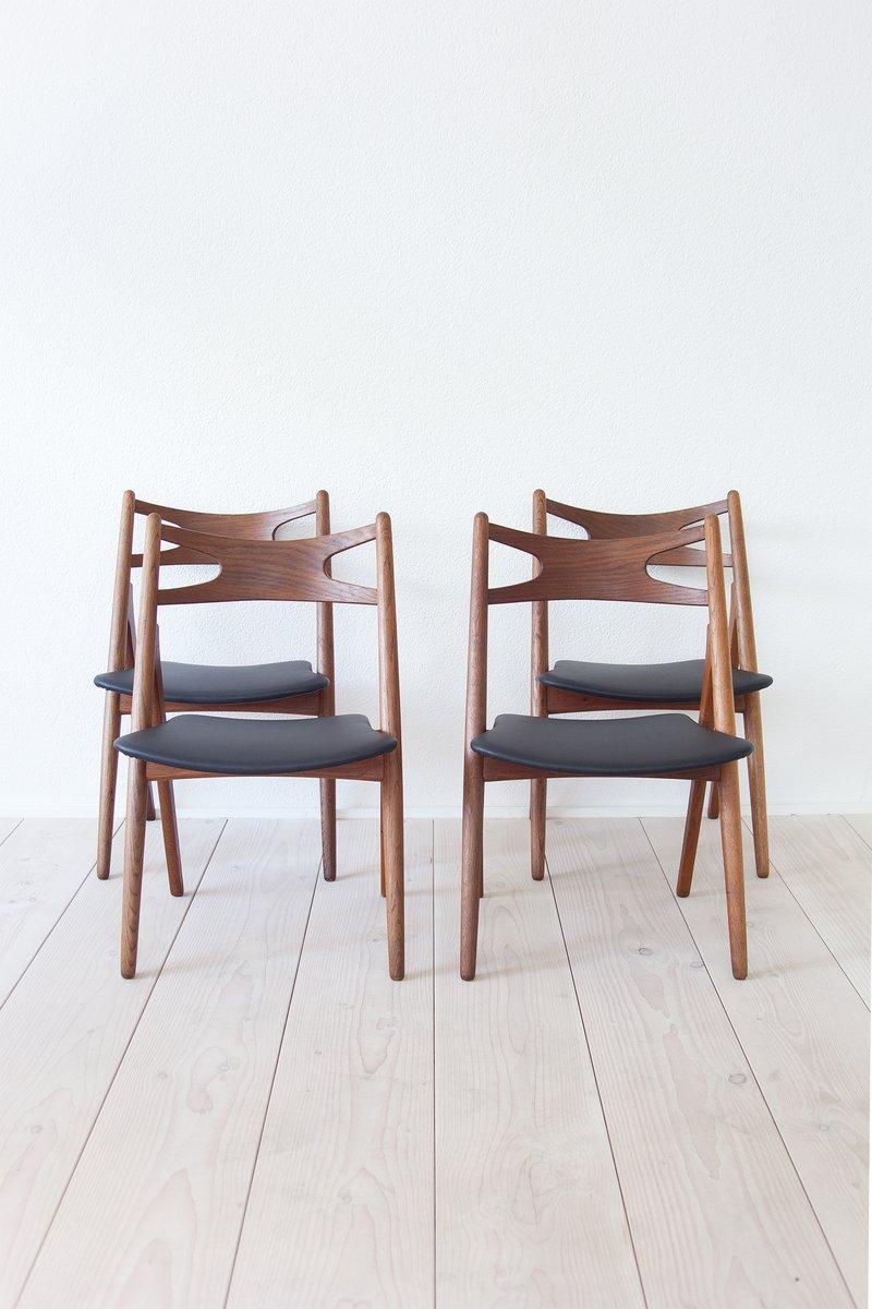 Ch29 sawbuck chairs by hans j wegner for carl hansen son 1950s set of 4