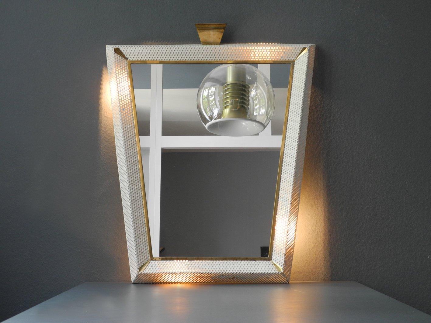gro er beleuchteter mid century modern spiegel mit messing details bei pamono kaufen. Black Bedroom Furniture Sets. Home Design Ideas