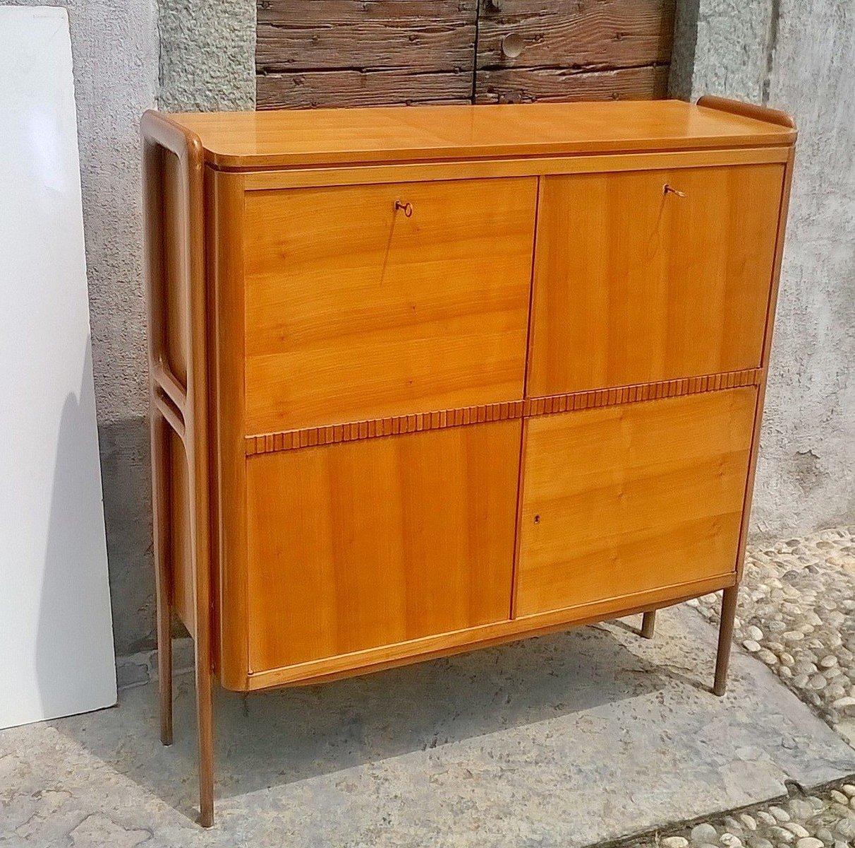 italienischer schrank mit barfach 1940er bei pamono kaufen. Black Bedroom Furniture Sets. Home Design Ideas