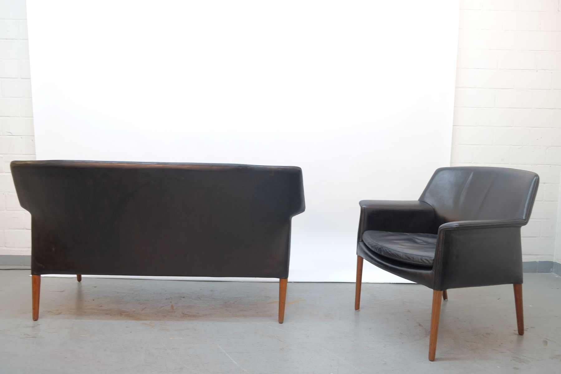mid century sofa und sessel von ejnar larsen aksel bender bei pamono kaufen. Black Bedroom Furniture Sets. Home Design Ideas