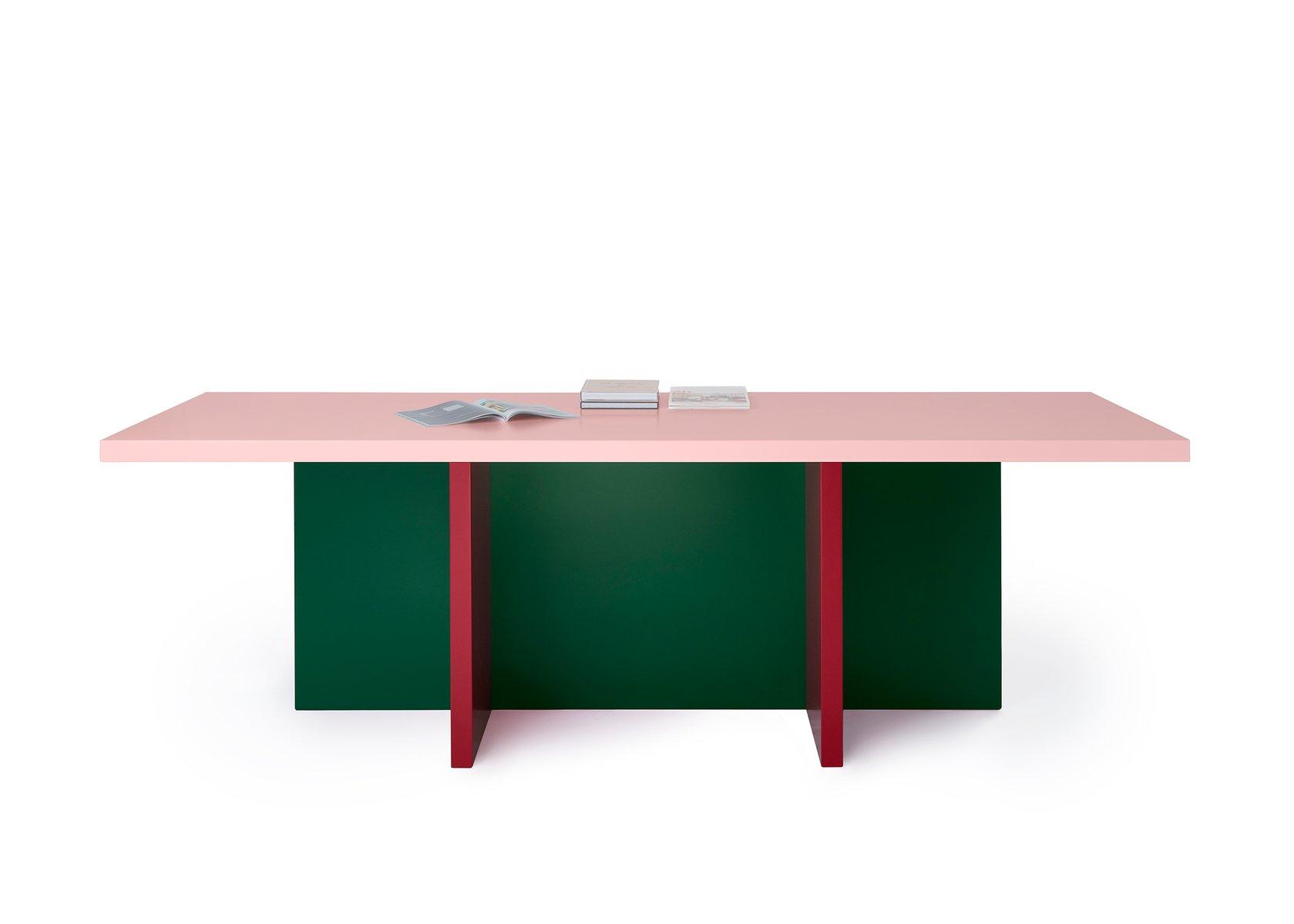 Modesto Esstisch von Moritz Bannach
