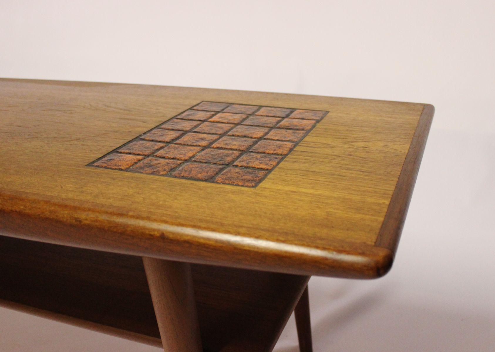 Tavolino da caffè in teak con piastrelle di colore scuro