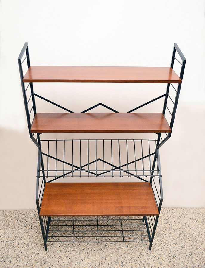 mid century b cherregal aus lackiertem metall holz 1950er bei pamono kaufen. Black Bedroom Furniture Sets. Home Design Ideas