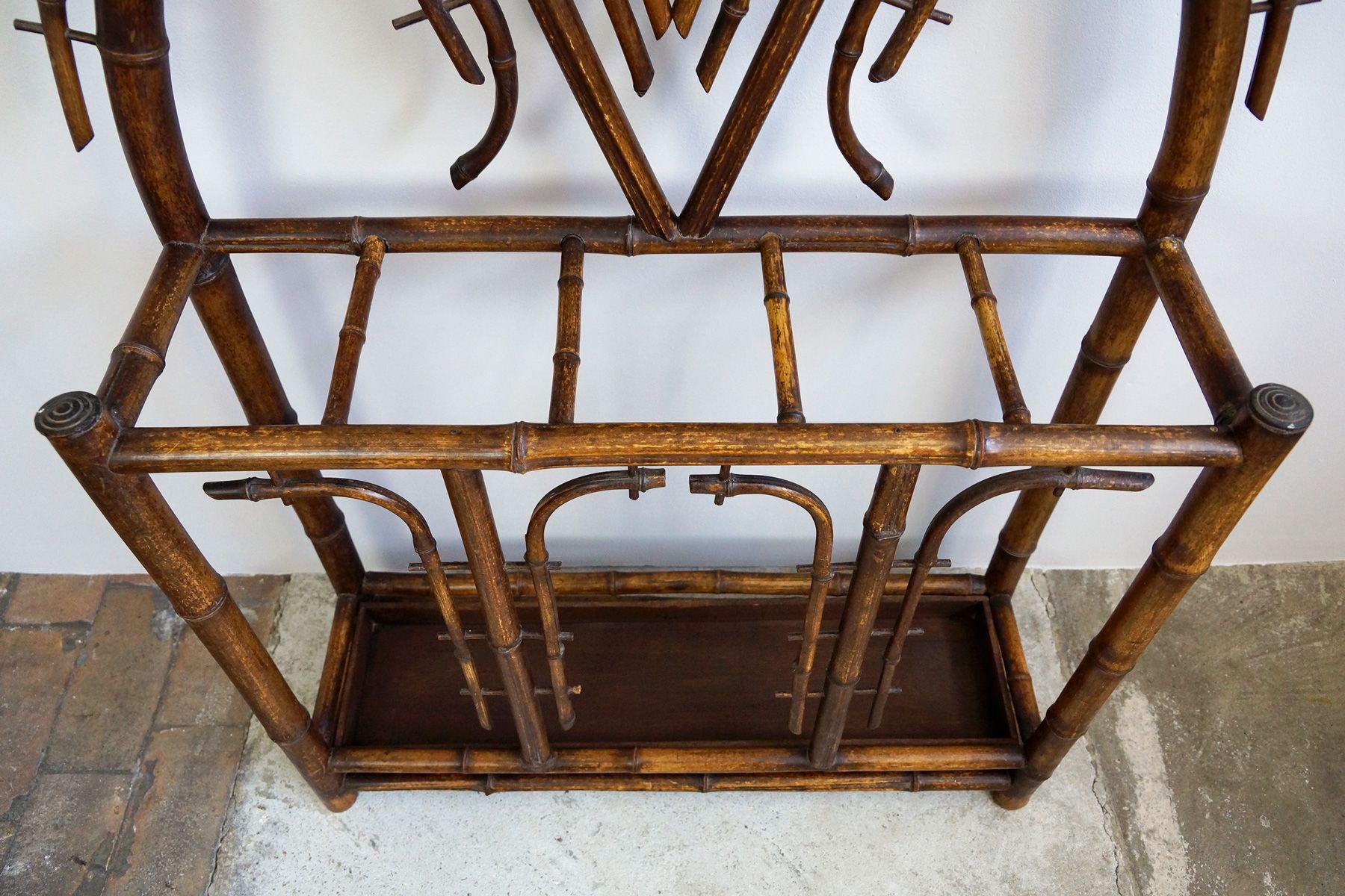 antike jugendstil bambus garderobe mit facettiertem spiegel 1900s bei pamono kaufen. Black Bedroom Furniture Sets. Home Design Ideas