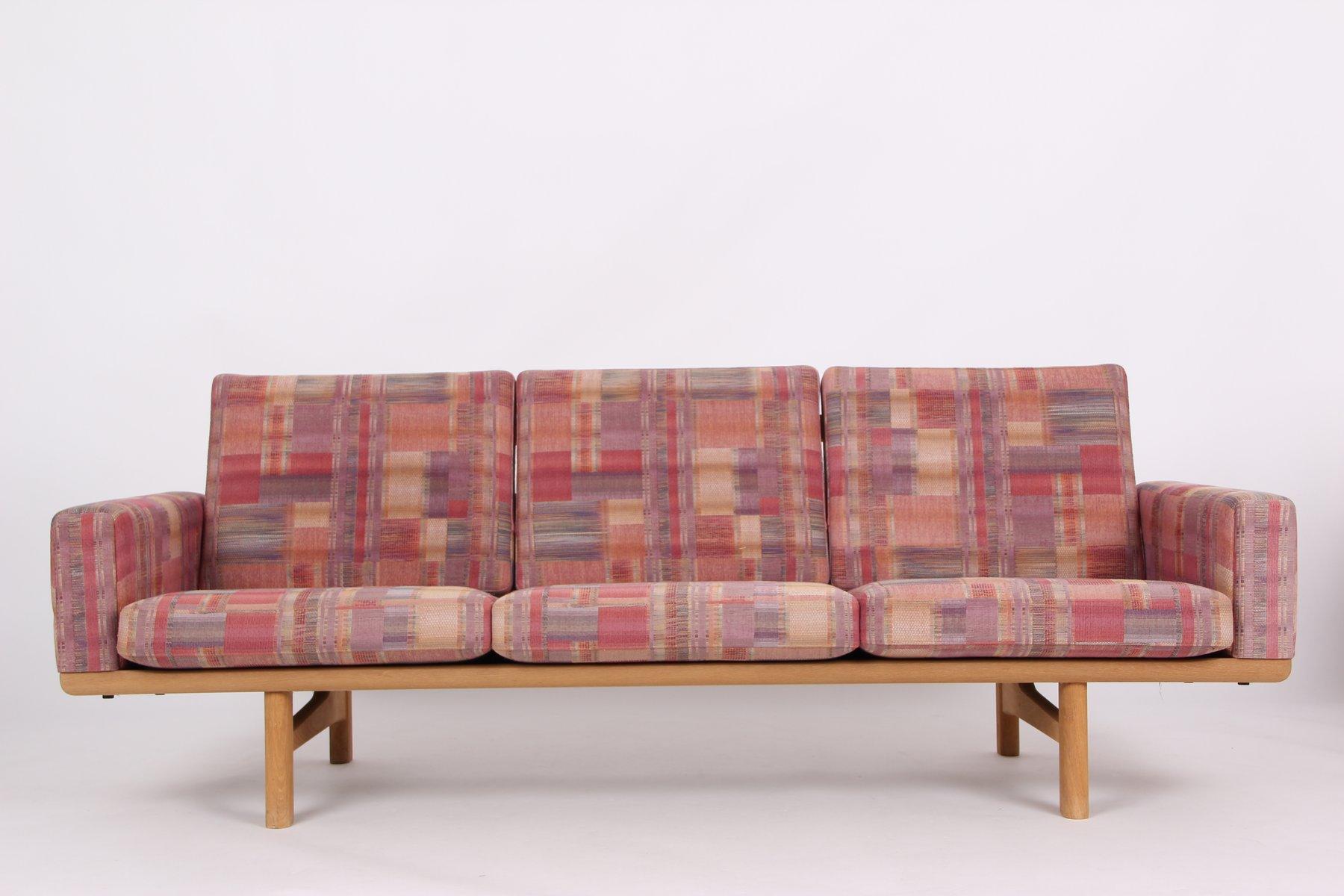 Modell GE236 Eichenholz 3-Sitzer Sofa von Hans J. Wegner für Getama