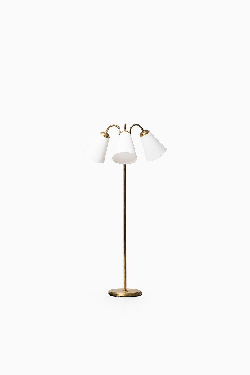 Schwedische Mid-Century Stehlampe mit 3 Armen, 1950er