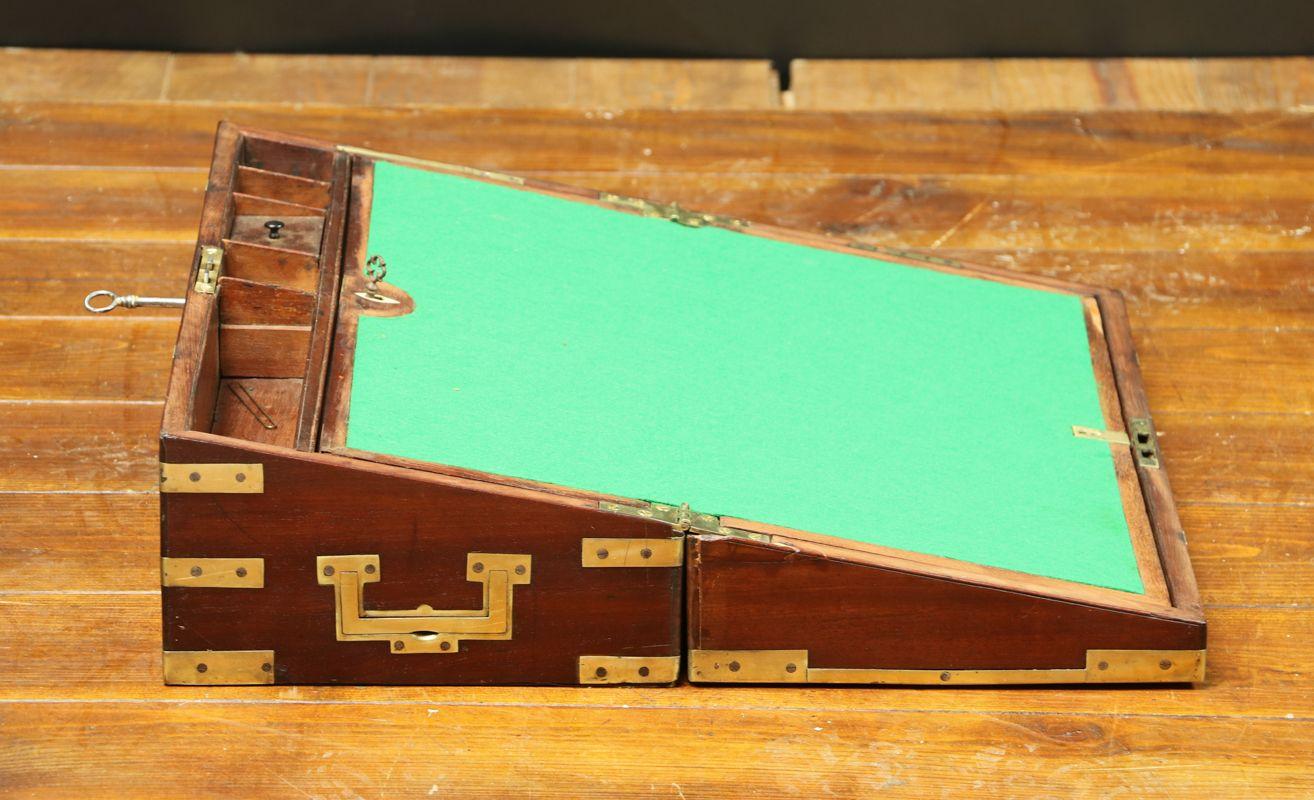 Scatola con scrittoio a scomparsa anni 40 in vendita su pamono