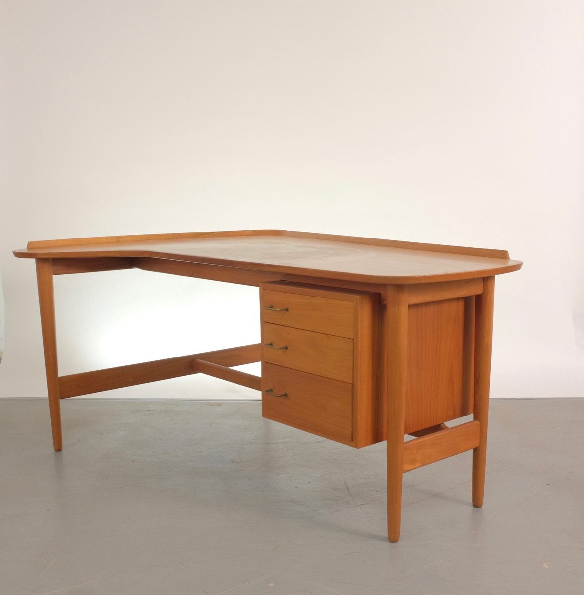 mid century bo85 teak schreibtisch von arne vodder f r bovirke bei pamono kaufen. Black Bedroom Furniture Sets. Home Design Ideas