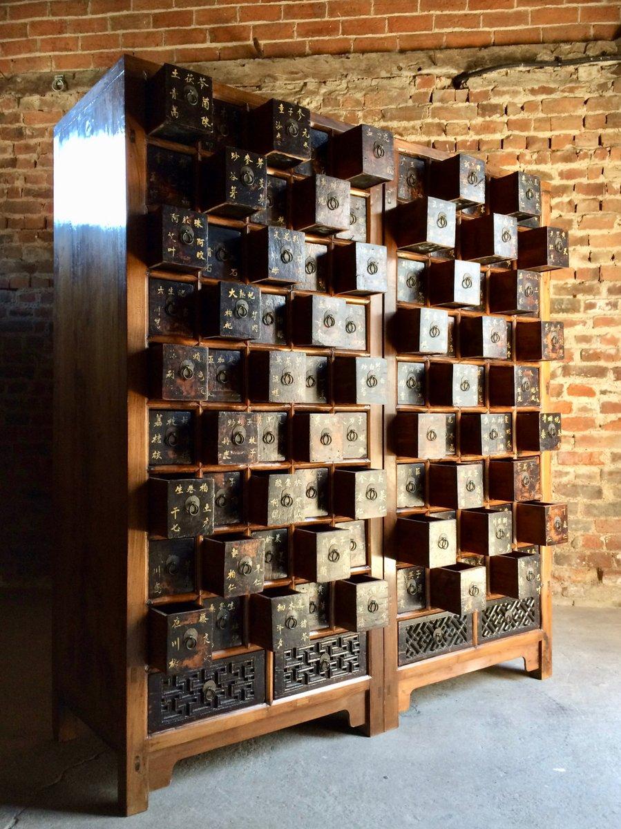 antike ulmenholz apotheker schr nke 1871 2er set bei pamono kaufen. Black Bedroom Furniture Sets. Home Design Ideas