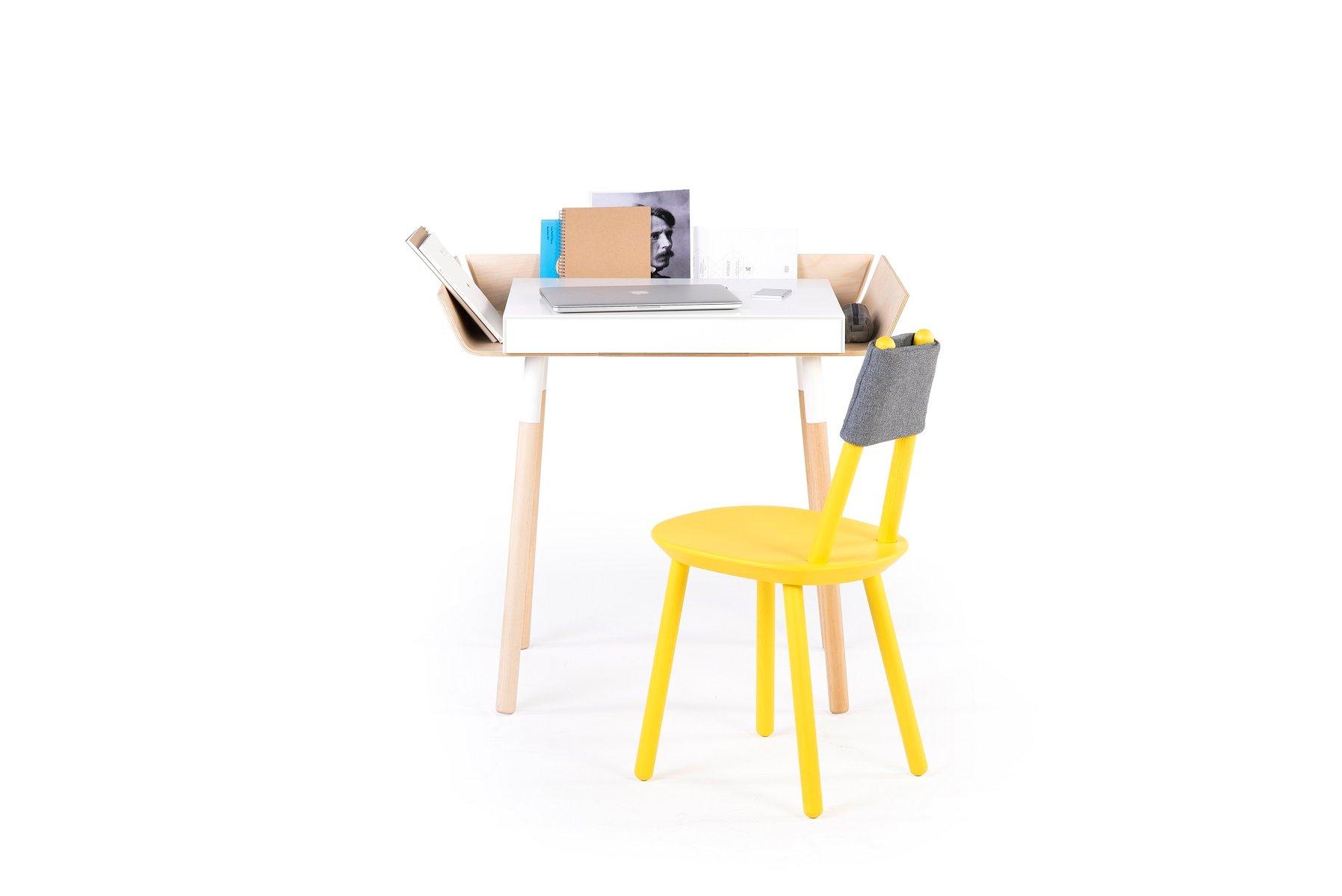 kleiner wei er my writing schreibtisch in birkenholz von f r emko bei pamono kaufen. Black Bedroom Furniture Sets. Home Design Ideas