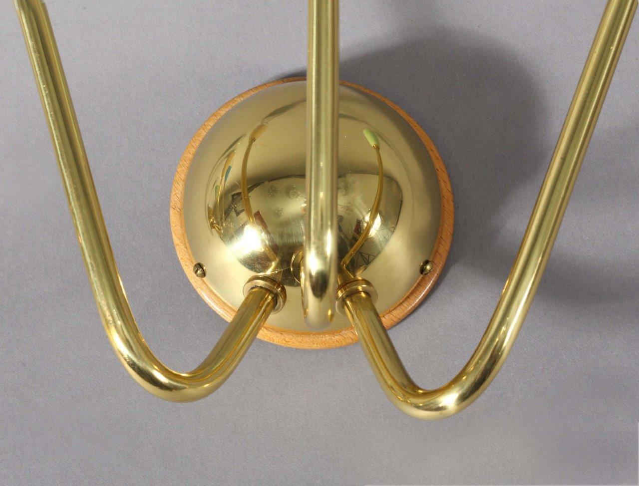 Applique in ottone e vetro colorato di arredoluce anni set